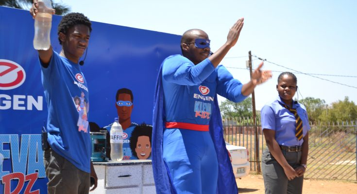 Mr Wise visits Sekgankwana Primary School in North West and puts safety first