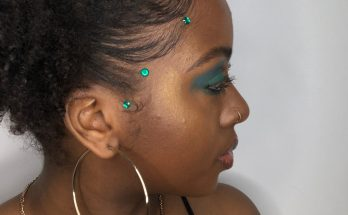 bedazzling-your-hairline-the-best-hair-hack