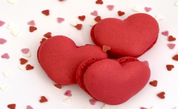 heart-shaped-macaroons-01