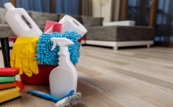 GettyImages-Spring_cleaning